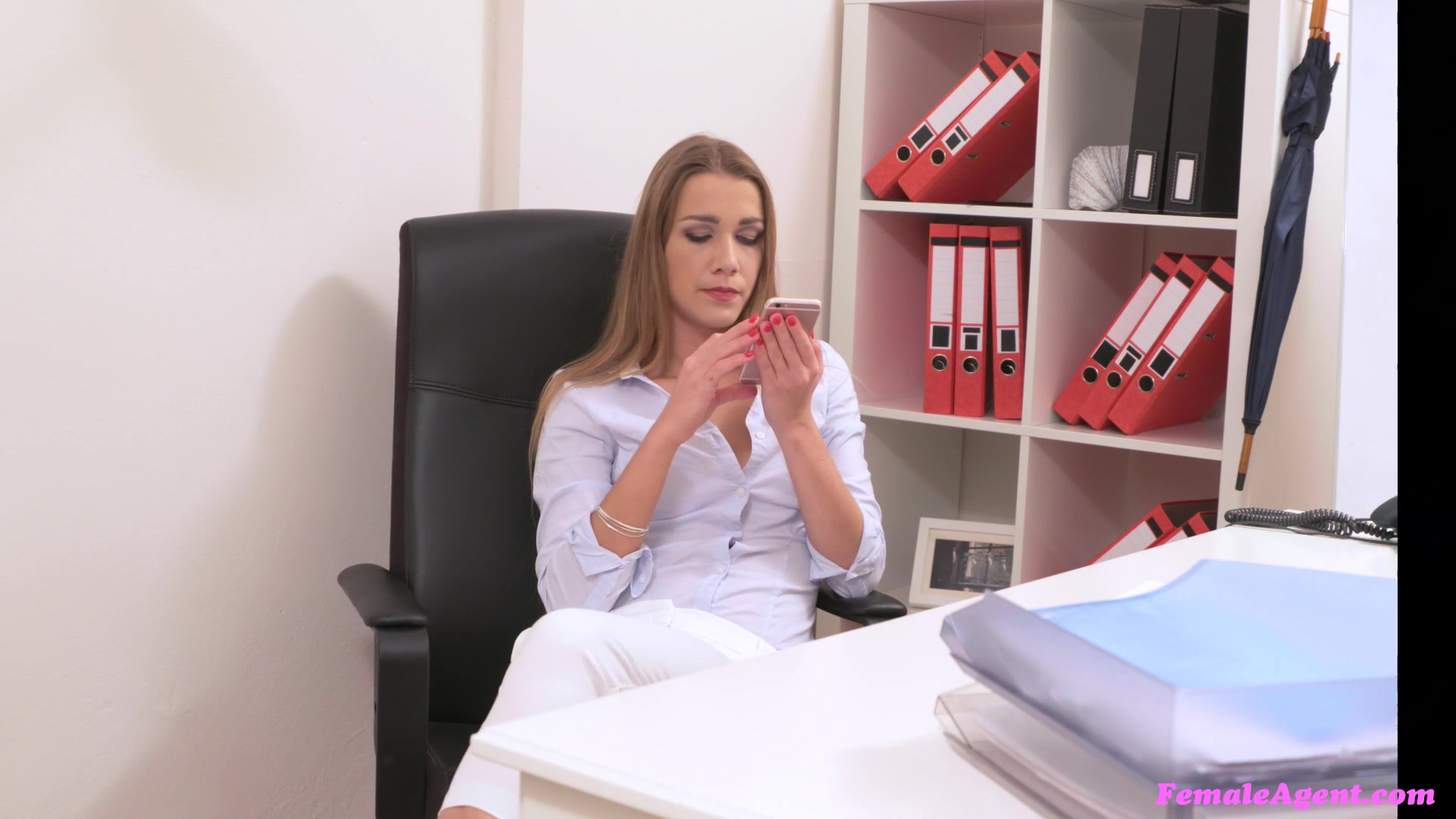 Czech Female Agent Lesbian
